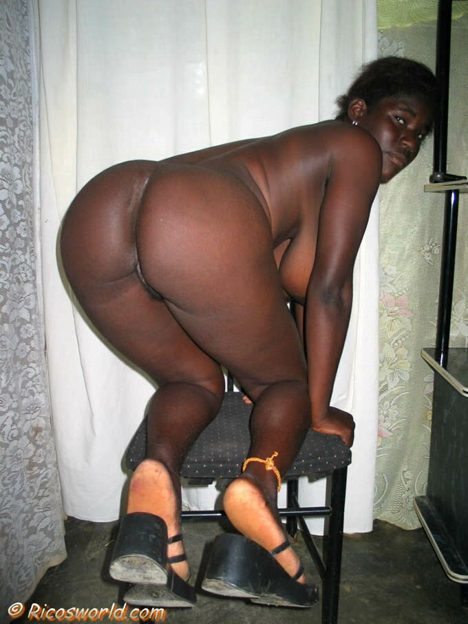 Gina model nude